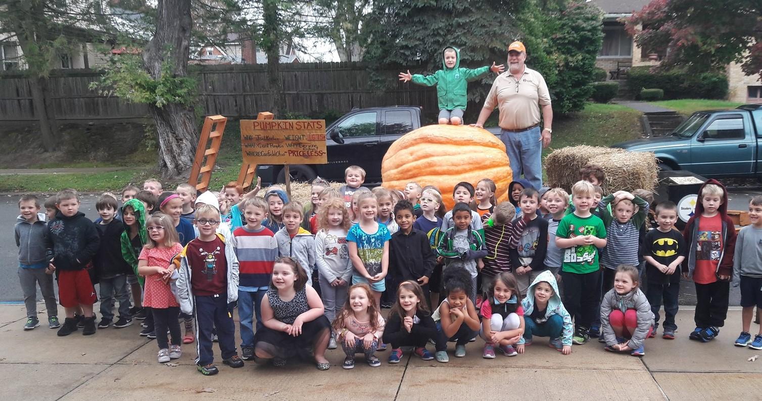 Tenth St Kindergarten and the Biggest Pumpkin Ever!