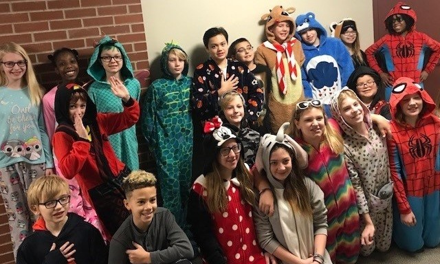 Verner 6th Grade PJ Day for Food Donations