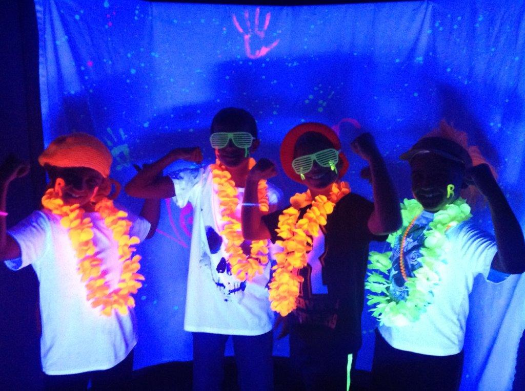 Black Light Party - BE THERE Attendance Reward