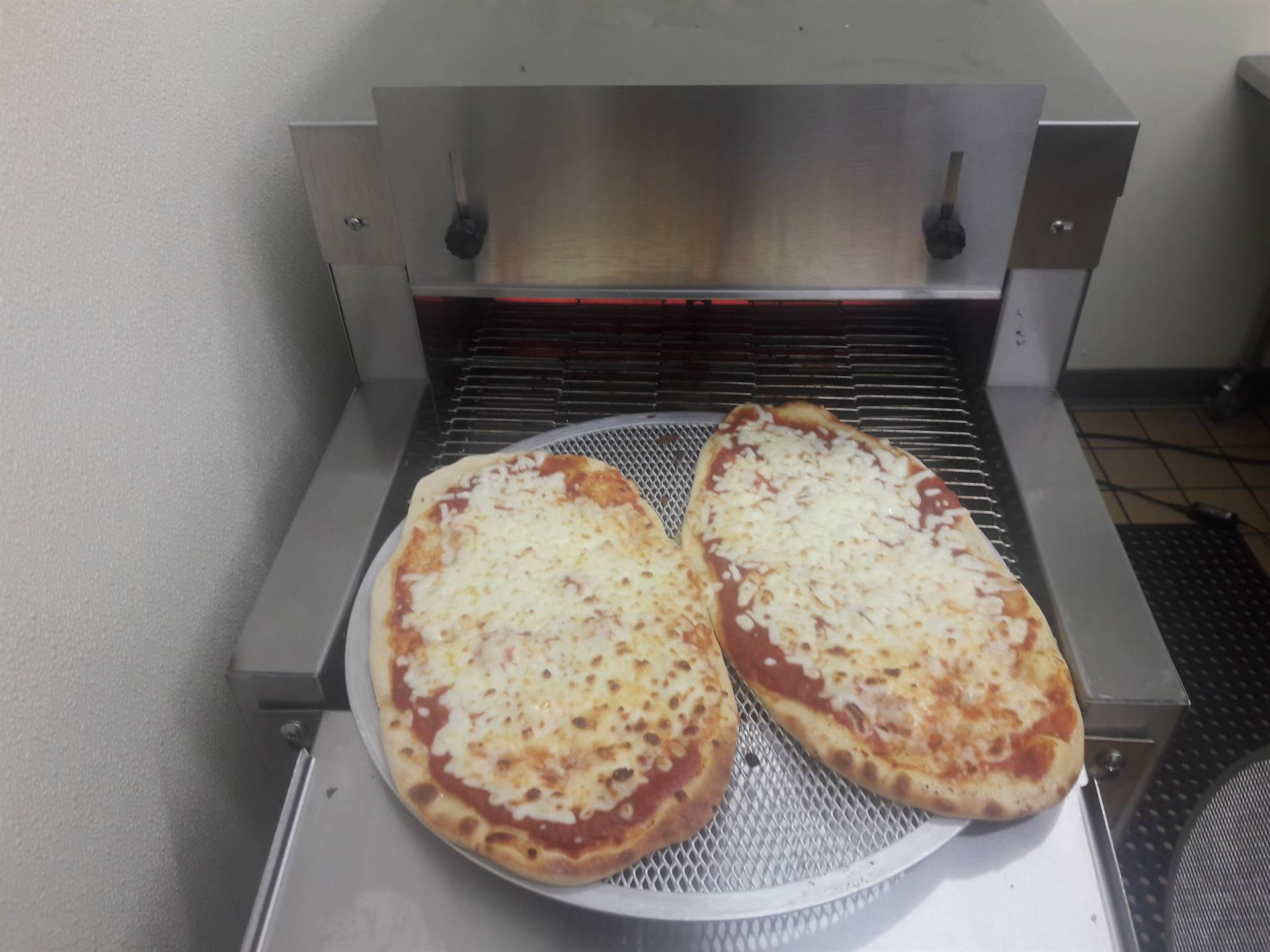 New for 2019 Pizza Oven